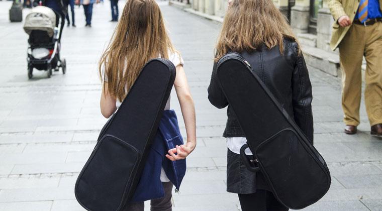21st Century Upgrades To The Violin Case https://www.connollymusic.com/stringovation/21st-century-upgrades-violin-case @revellestrings
