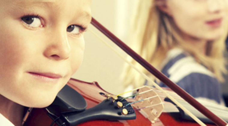 4 Simple Exercises to Improve Your Violin Practice Time http://www.connollymusic.com/revelle/blog/4-simple-exercises-to-improve-your-violin-practice-time @revellestrings