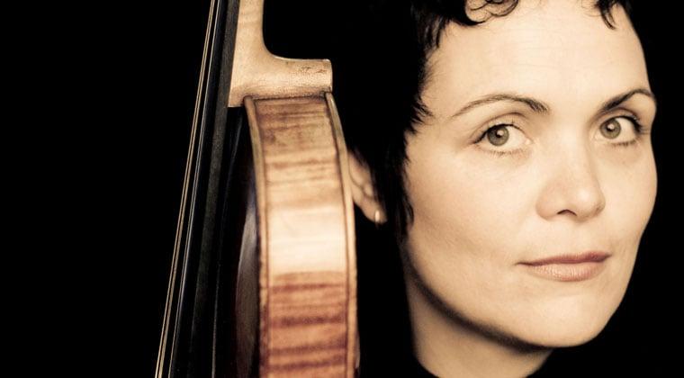 5 Habits Of Celebrity Violists https://www.connollymusic.com/stringovation/5-habits-of-celebrity-violists @revellestrings