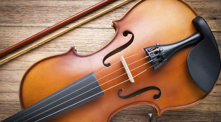 5 Tips for Purchasing the Right Violin Strings http://www.connollymusic.com/revelle/blog/5-tips-for-purchasing-the-right-violin-strings @revellestrings