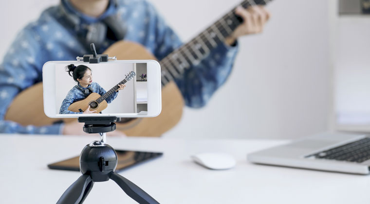 music student creating her own video for music college application