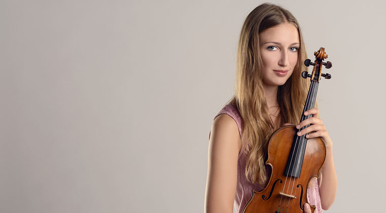 How Often Should I Tune My Violin? http://www.connollymusic.com/revelle/blog/how-often-should-i-tune-my-violin @revellestrings