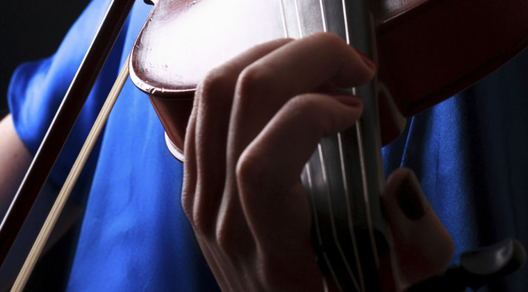 What Popular Songs Can I Learn To Play On The Viola? http://www.connollymusic.com/revelle/blog/what-popular-songs-can-i-learn-to-play-on-the-viola @revellestrings