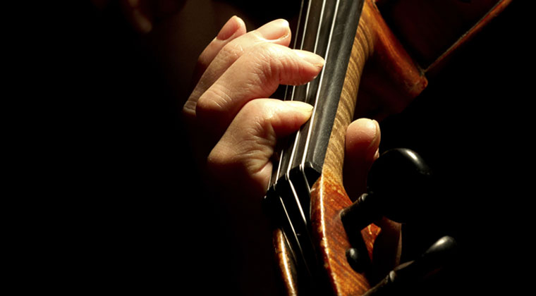 Preventing Overuse Injuries on Your String Instrument http://www.connollymusic.com/revelle/blog/preventng-overuse-injuries-on-your-string-instrument @revellestrings