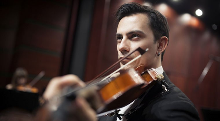 top violinist performing with his techniques