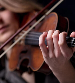 The-Violinists-Guide-To-Creating-Your-On-Stage-Persona-How-To-Brand-Yourself-Blog4