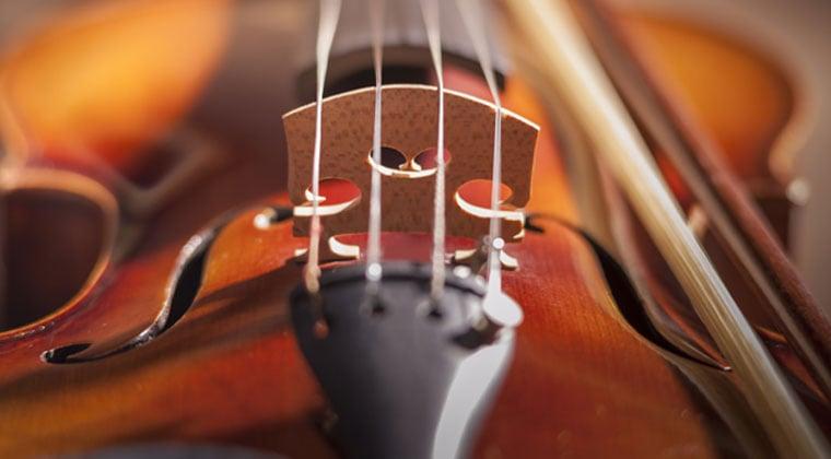 3 Tips For Purchasing Violin Strings http://www.connollymusic.com/revelle/blog/violin-strings-purchasing-tips @revellestrings