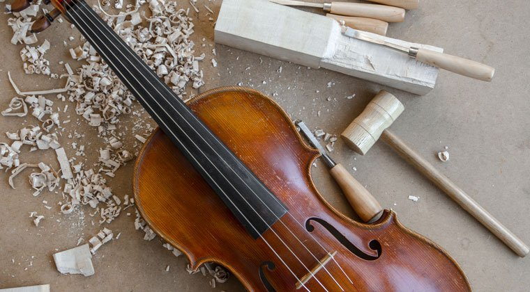 Who Invented the Violin? http://www.connollymusic.com/revelle/blog/who-invented-the-violin @revellestrings