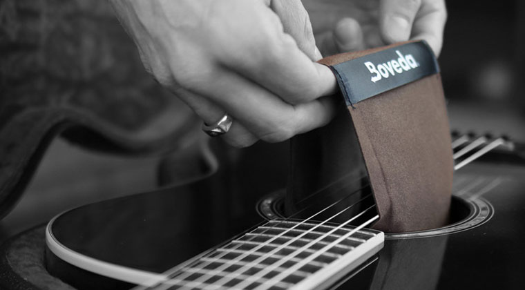 boveda humidity pack being used on string instrument