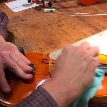 The Short Story of Cleaning Your Violin
