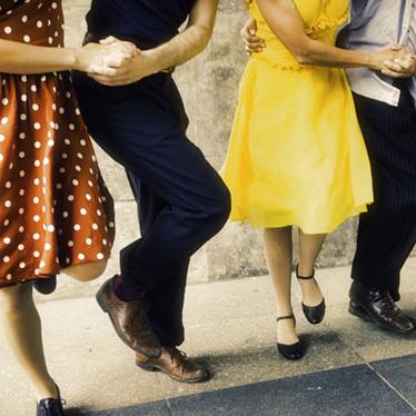 Violin Pieces That Get People Dancing