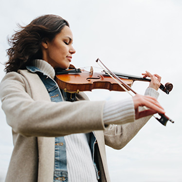 How Does Cold Weather Affect Your Violin?