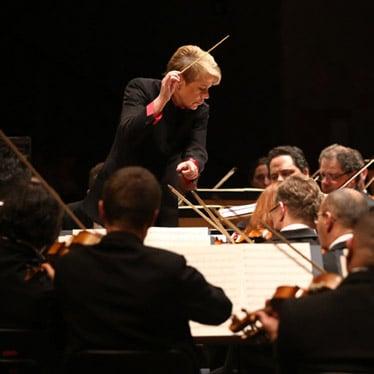 Top 5 Female Conductors